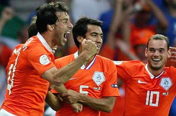 Ruud van Nistelrooy, Dutch soccer player has scored against Italy